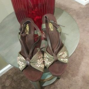 Anthro Seychelles Wooden Floral Embroidered Wedges